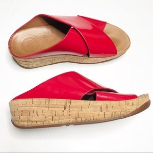 Fitflop red patent leather sandals cork size 6